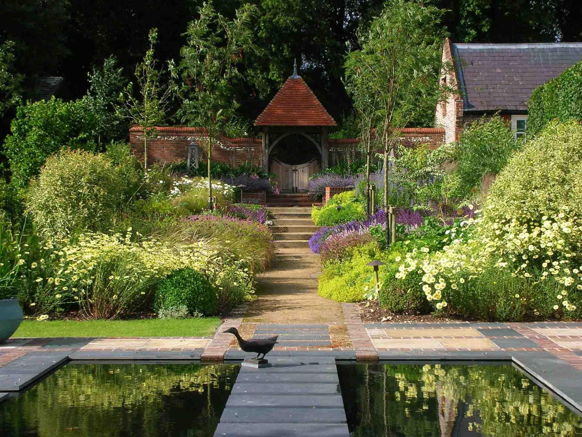 Country estate landscape design landscape design for Country garden design ideas