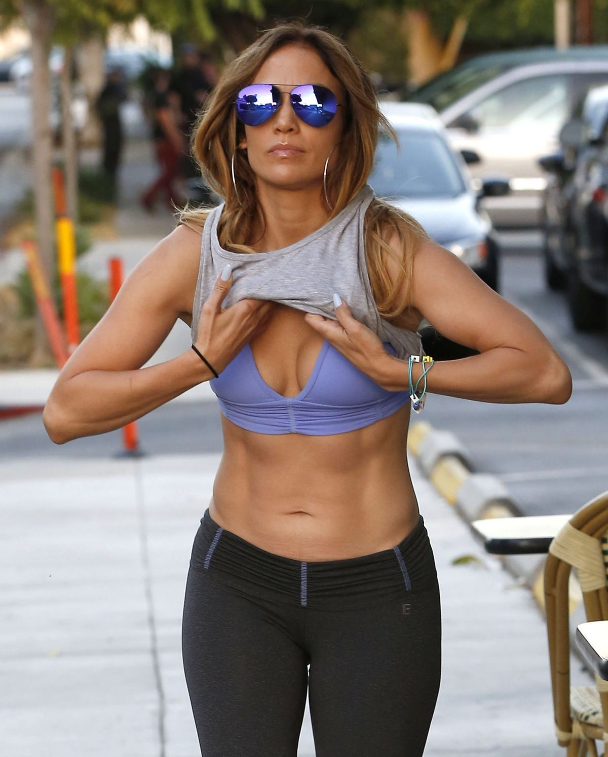 Jennifer Lopez With Sexy Yoga Pants And Sport Bra