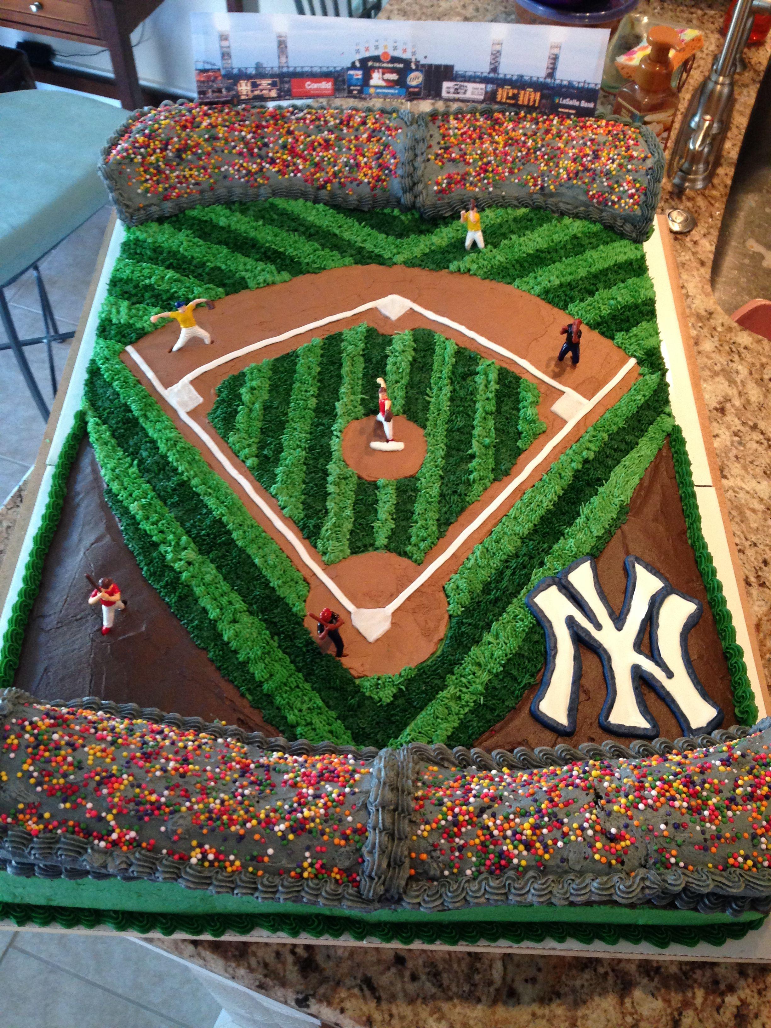Yankee Stadium Cake With Images Baseball Birthday Cakes