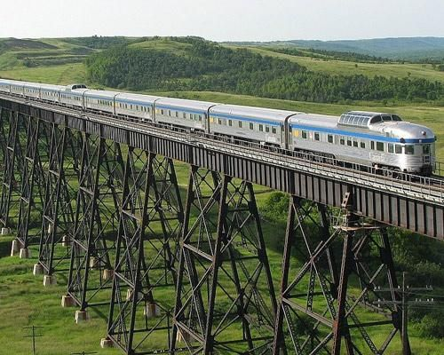 Best Train Journeys In North America Canadian Crosses Trestle Uno Manitoba I D Like To Try A Few If Not All Of These Riding Is Lovely