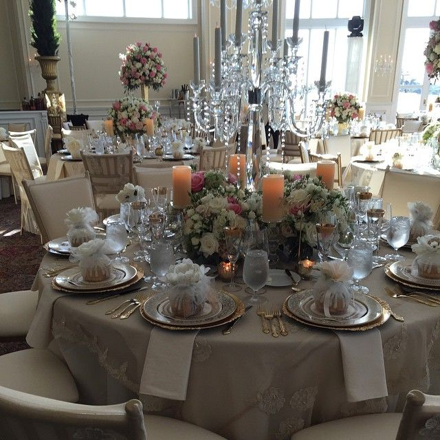 #josegrateroldesigns #luxuriousevents #trumpdoral #crystalballroom #doralresort #miamiwedding #floraldesigner #floralartist #traditionalflowers #originaldesign #luxurywedding #chicwedding #wildflowerlinen #chaircover by josegrateroldesigns #TrumpDoral