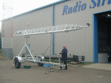 TM80 Mobile Trailer Mast Extends to 24 Metres Height