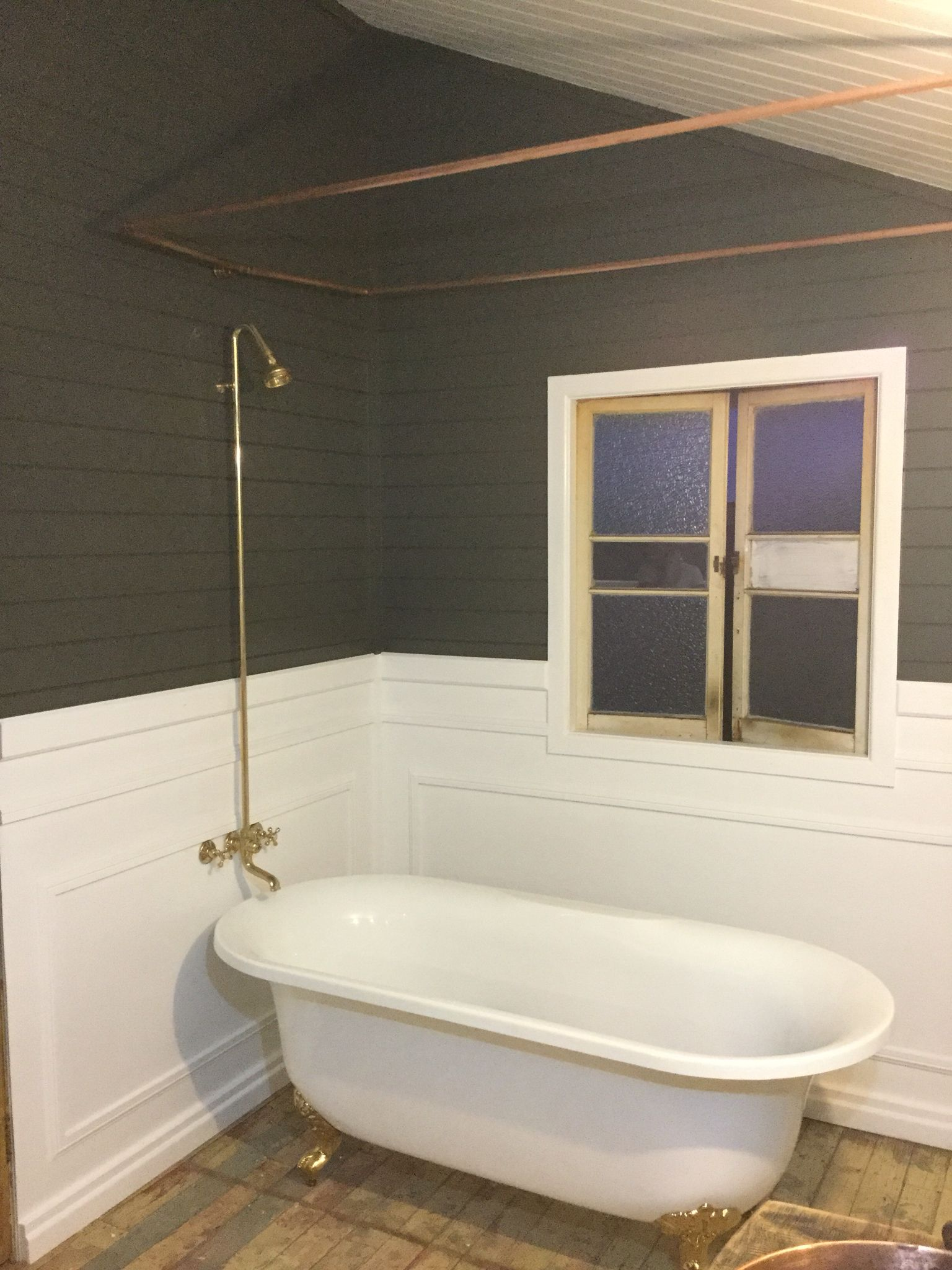 Copper Pipe Shower Curtain Rail Claw Foot Bath Hand Painted Original Floor Gold Plated Tap