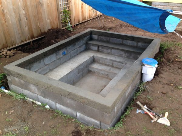 Diy Concrete Block Soaking Pool In Progress Advice Welcome Small Backyard Pools Diy Swimming Pool Pool Landscaping