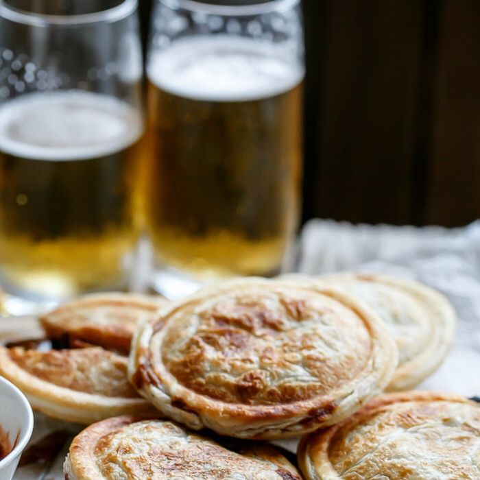 Slow Cooker Steak and Gravy Pies | Recipe | Slow cooker ...