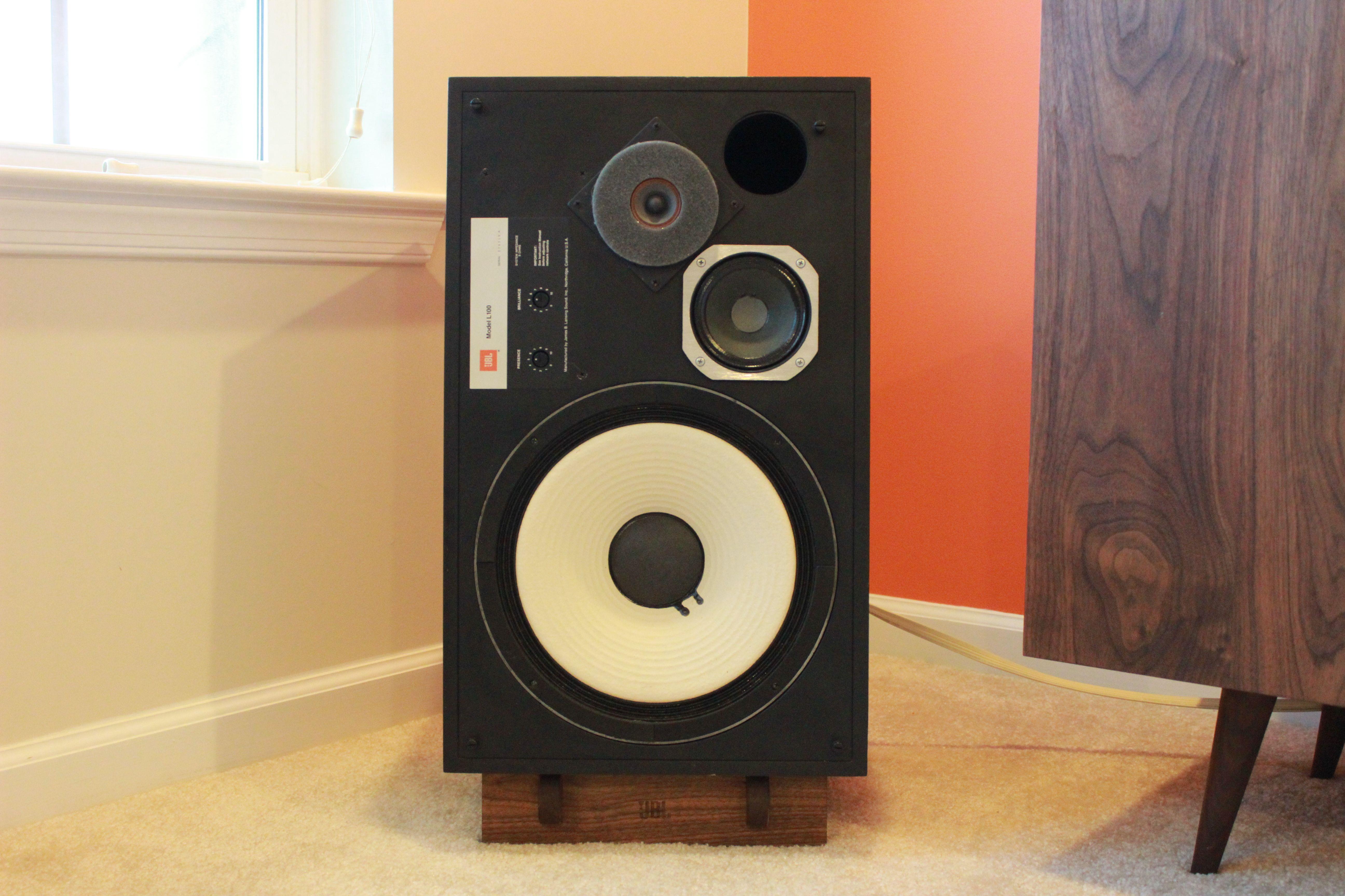 Pin by Stereo Geeks on Speakers Audiophile speakers, Tv