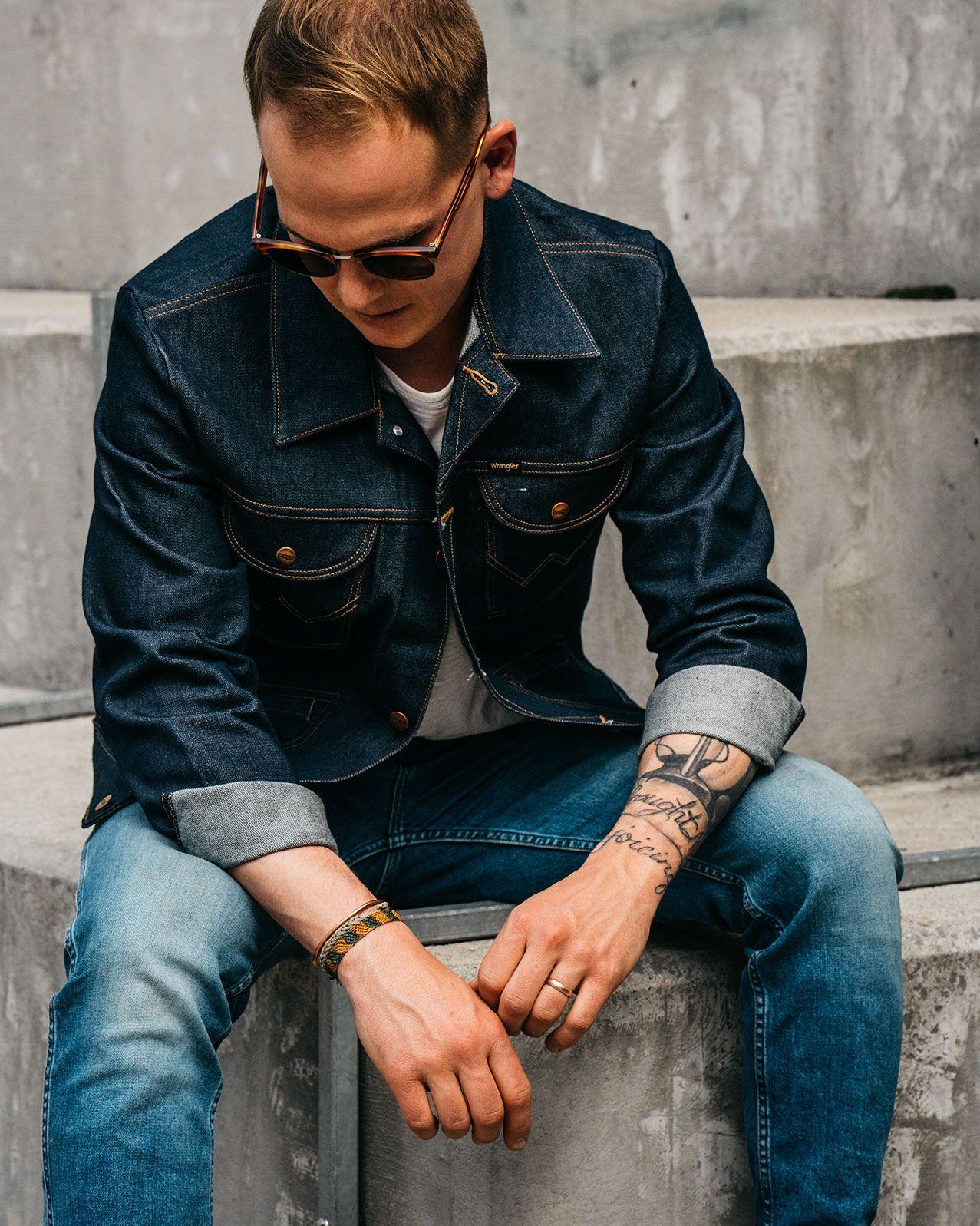 Wrangler Icons 124mj Men S Denim Jacket Men S Jackets Outerwear Wrangler Denim Jacket Men Denim Jacket Mens Western Jackets [ 1597 x 1277 Pixel ]