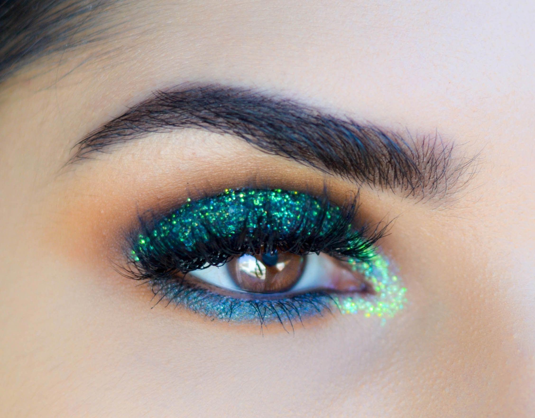 Green Glitter Look (Makeup Geek + Ash Cosmetics Sal_Qu