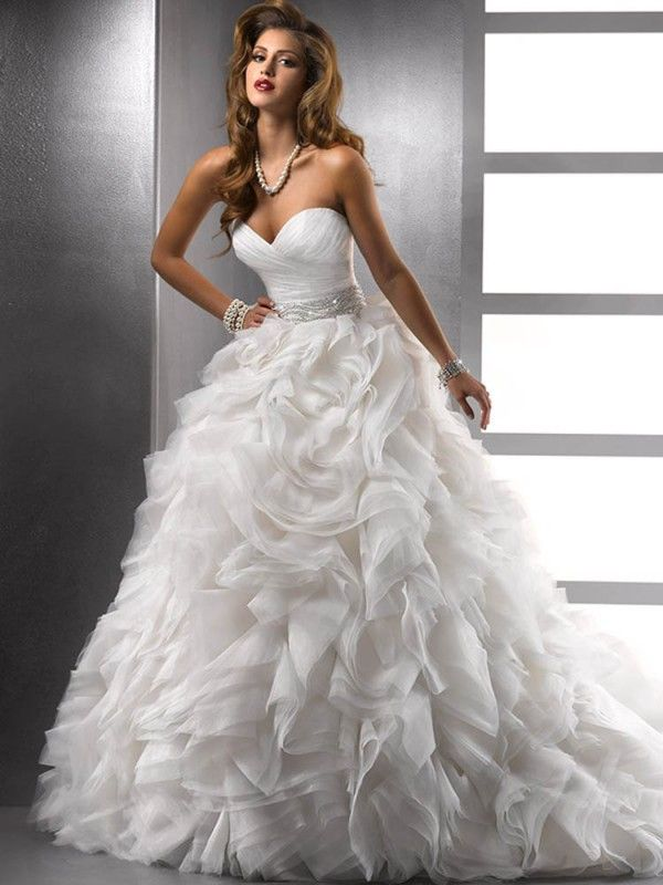 Ball Gown Sleeveless Sweetheart Organza Ruffles Lace Up Back Court