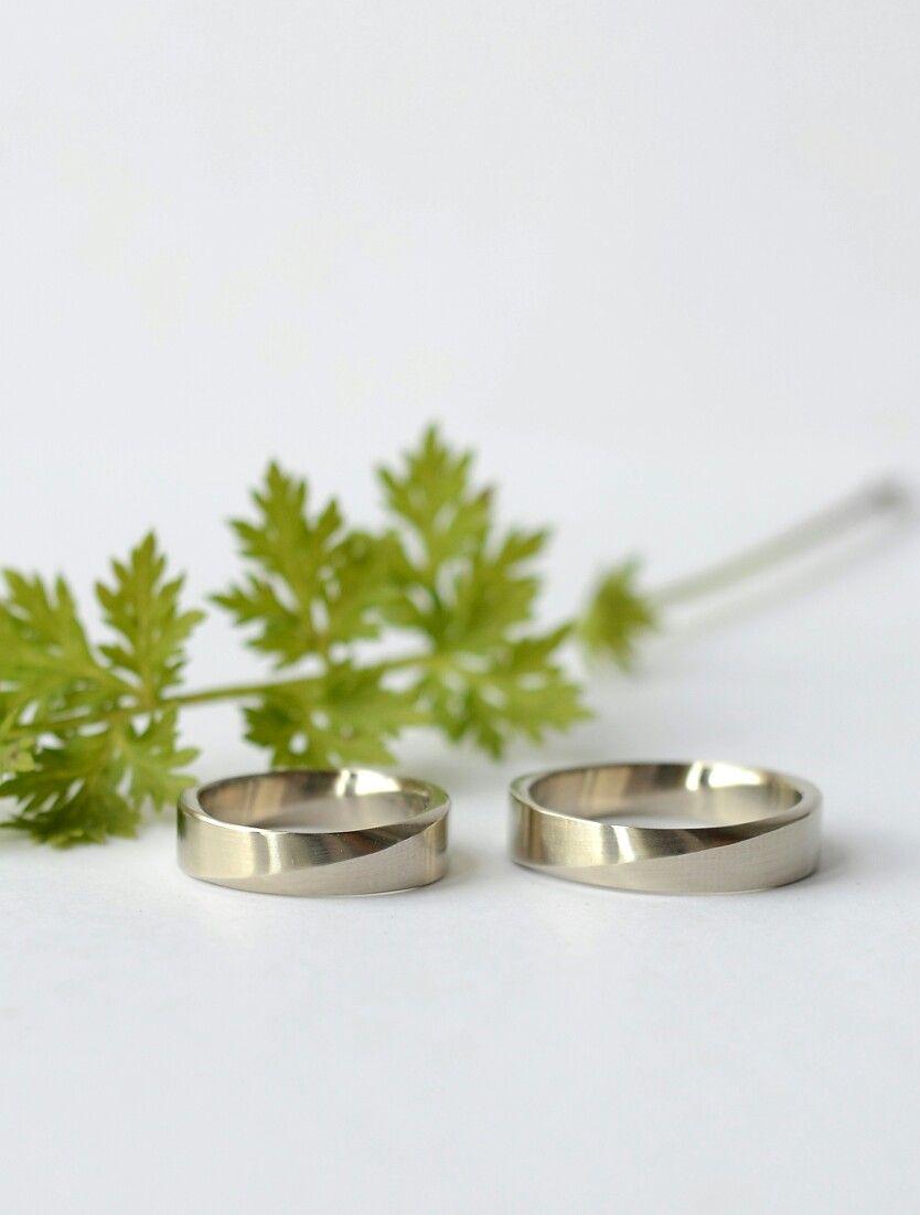 """Кольца """"Лента Мёбиуса"""" из белого золота с сочетанием глянцевой и матовой фактуры. Идеальные обручальные кольца. Ширина 5 и 5 мм.  Можно сделать из серебра, любой ширины и со вставками."""
