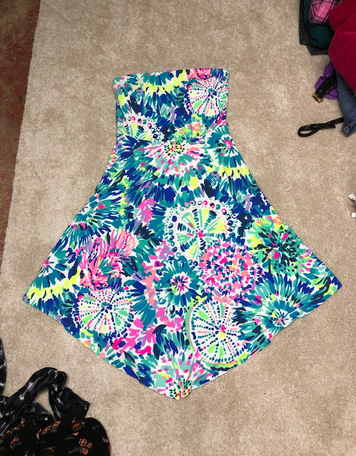 Lilly Pulitzer Dress Small Strapless With Built In Bra With Padding Super Pretty And Cute Good Condition Lilly Pulitzer Dress Lilly Pulitzer Pulitzer Dress [ 1600 x 1249 Pixel ]