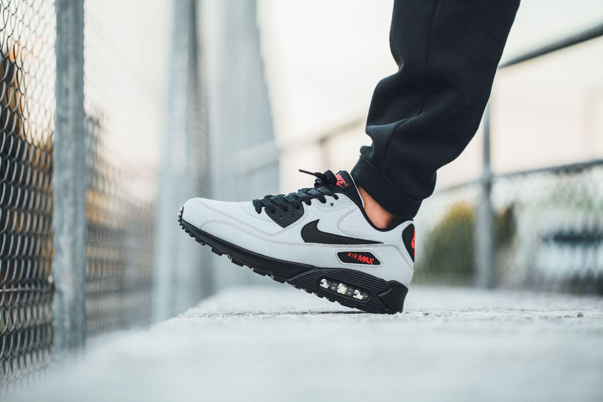 Nike Air Max 90 Essential Wolf Grey Black Black