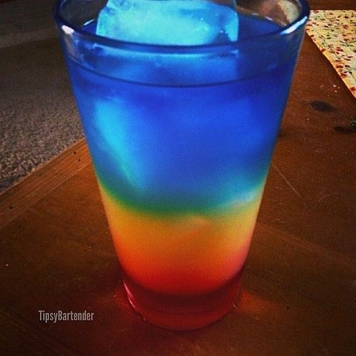 ▃▃▃▃▃▃▃▃▃▃▃▃▃▃▃▃▃▃▃▃ BARBADOS SURPRISE 1/2 oz. (15m) Grenadine 2 oz. (60ml) Orange Juice 1 oz. (30ml) Blue Curacao 3/4 oz. (22ml) Rum Add Grenadine to a glass. Add ice. Layer on Orange Juice. Layer on a mixture of Rum and Blue Curacao. #drinkporn #cocktail #foodporn #liquor #alcohol #booze #club #mixology #rum #bluecuracao #rainbow INSTAGRAM PHOTO CREDIT: @mpescheret TAG ALL YOUR FAVORITE INSTAGRAM DRINK PHOTOS AND VIDEOS WITH: #TIPSYBARTENDER We'll repost the best ones. ...: