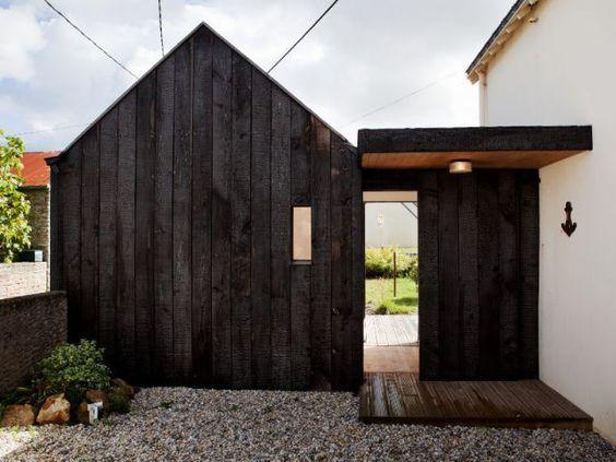 la technique du bois brul ou yakisugi inspiration outdoor. Black Bedroom Furniture Sets. Home Design Ideas