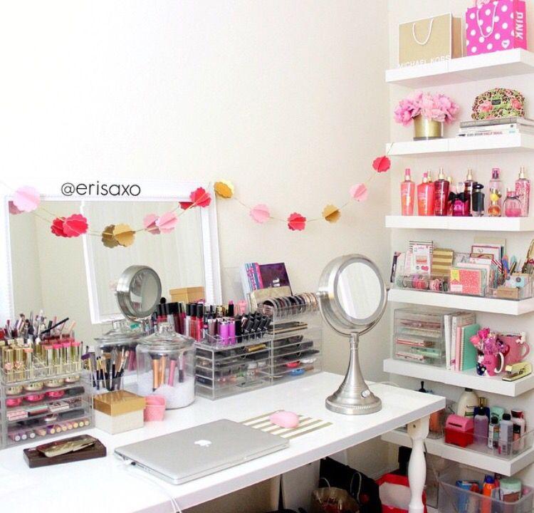 αℓɛɩԍнα ɳɩҡҡоℓɛ | Escritorios | Makeup Storage, Beauty ...