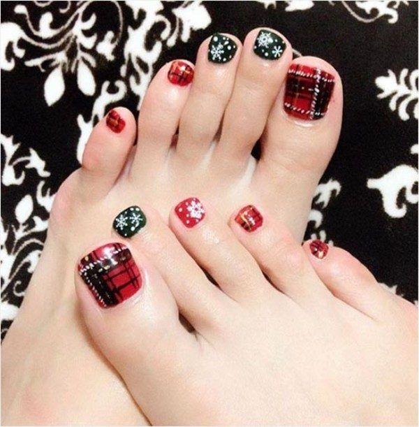 45 lovely christmas toenail art design ideas want easy christmas toenail art design ideas