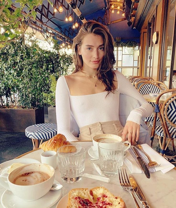 The #1 Account to Follow If You Want to Dress Like the French