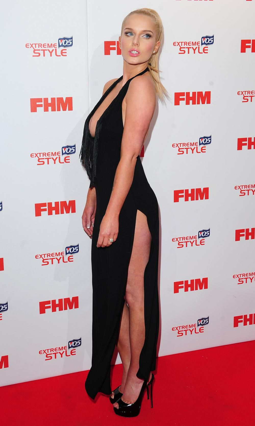 The Woman The Sun Page 3 >> Helen Flanagan Left Little To The Imagination As She