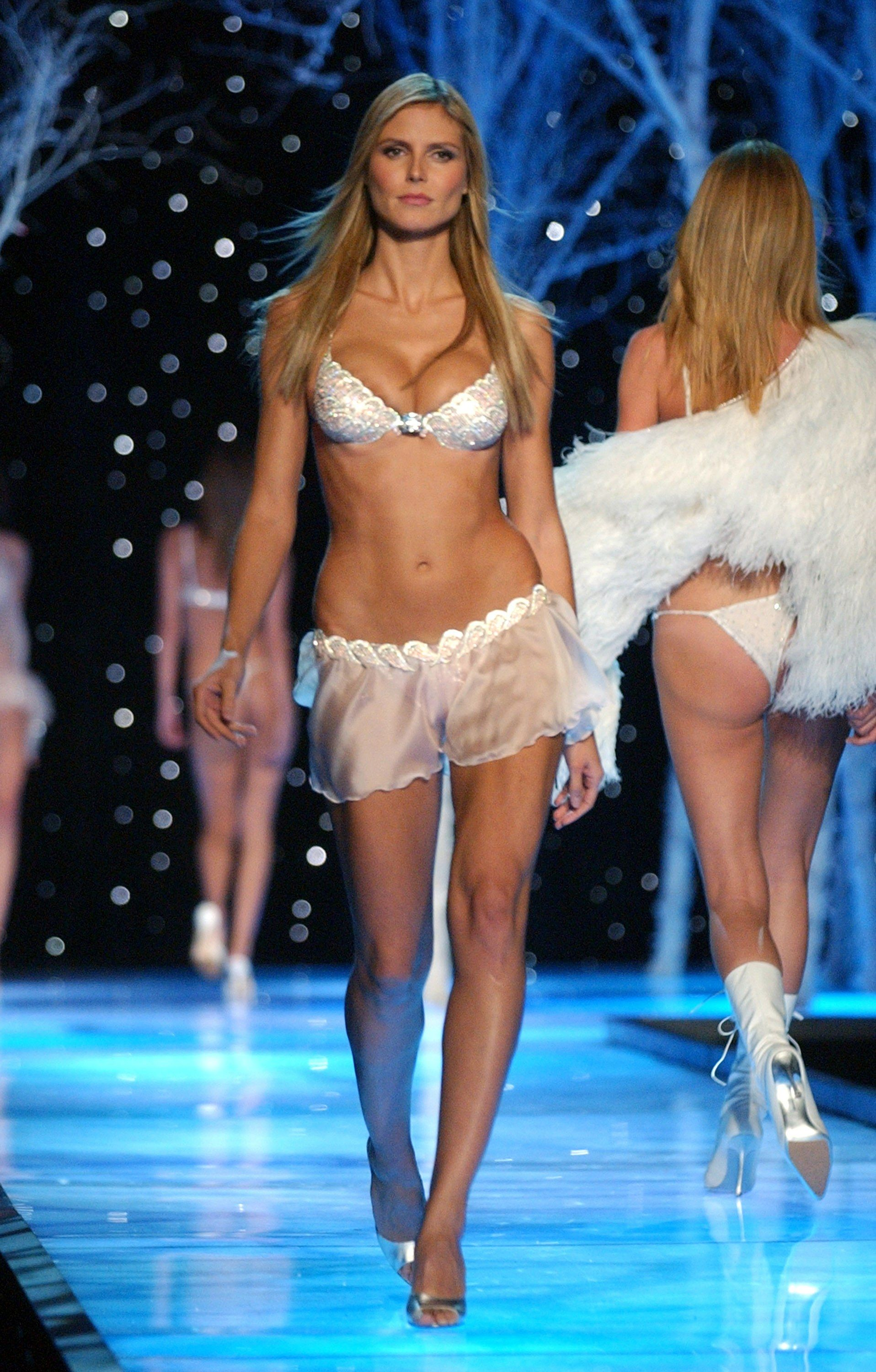 Afbeeldingsresultaat voor Heavenly Star Bra victoria secret 2001