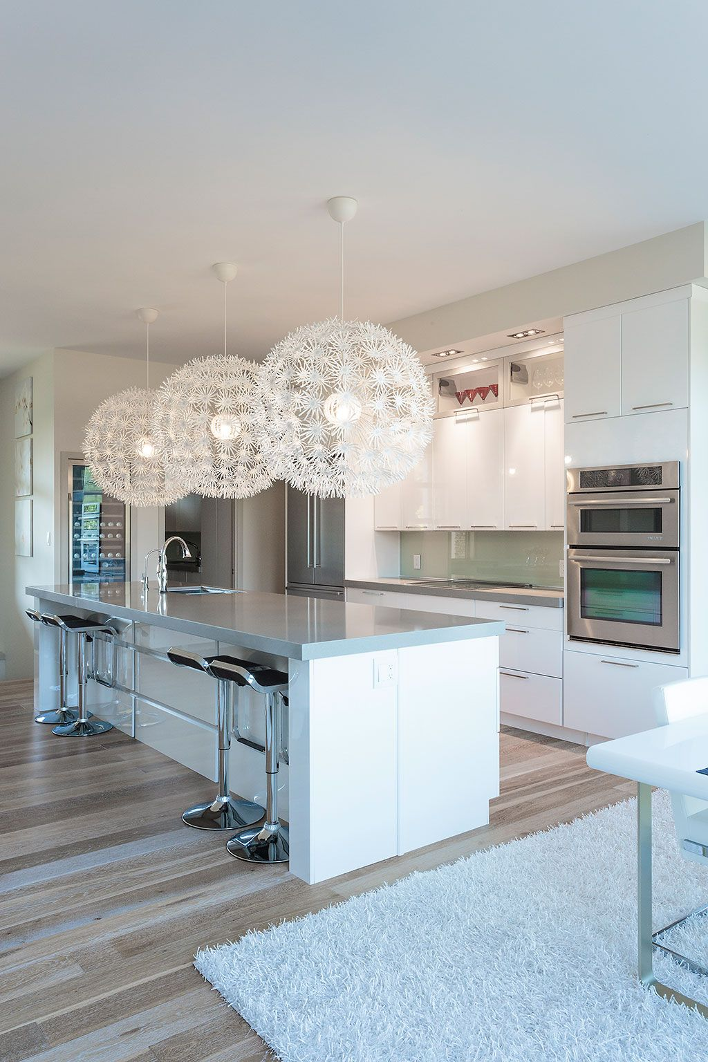 This Kitchen Was Designed In The Arcadia Door Style In Hdf High Density Fiberboard Finished In High Gloss Modern Kitchen Design Kitchen Design Modern Kitchen