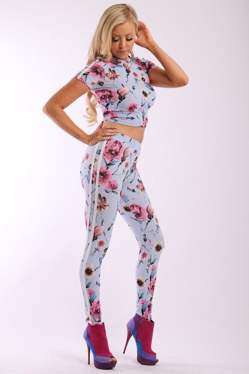 c0ab8c513d070 Floral Print And Striped Side Contrast 2 Pieces Set Includes A Hooded – Just  Viva