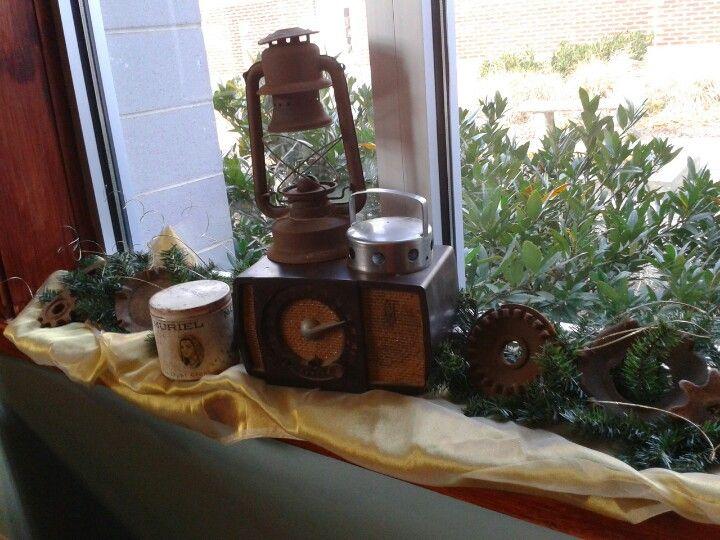 Window ledge   Junk Christmas Decor   Pinterest   Window ...
