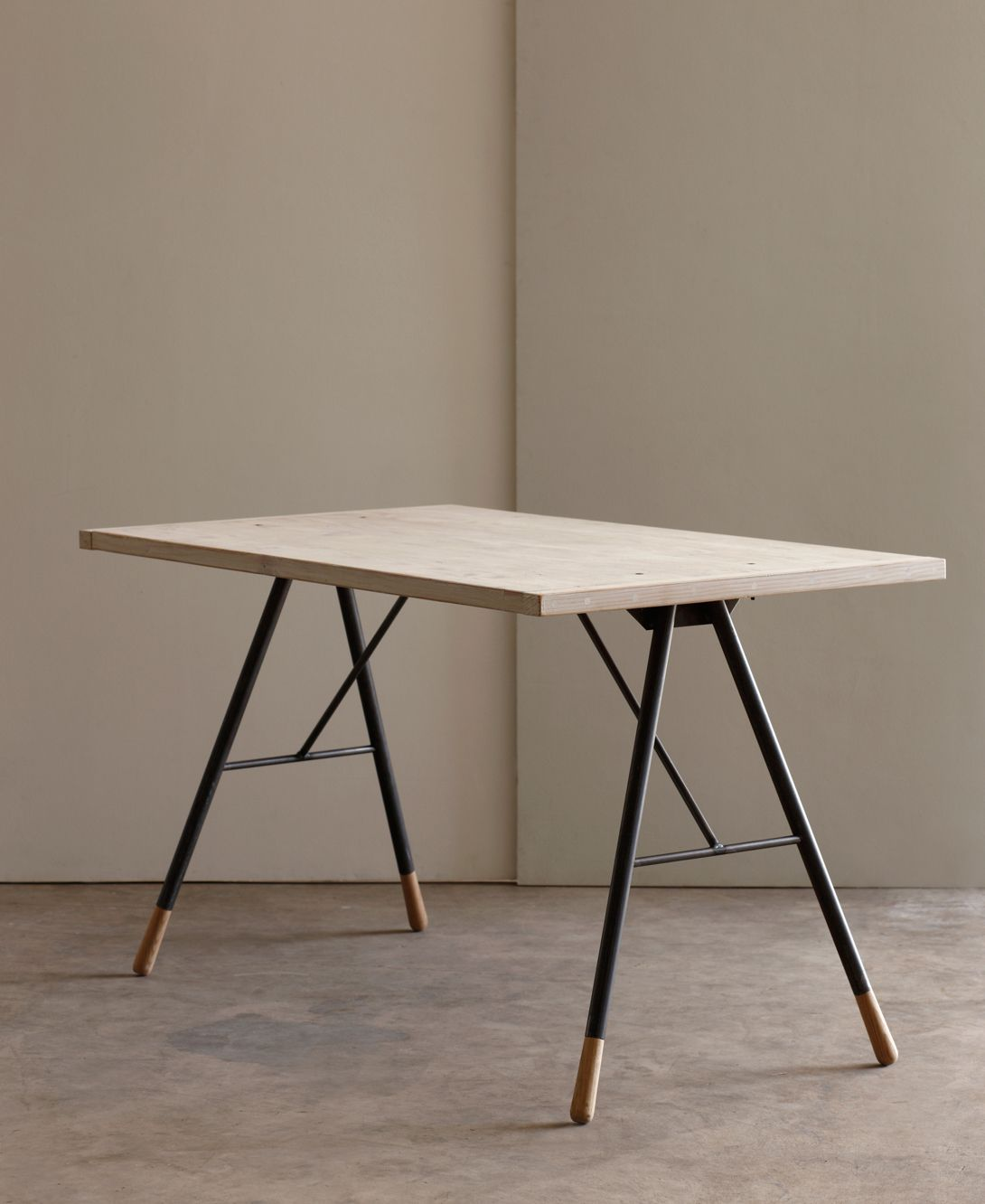 Lostine - reclaimed desk, smart industrial desk but with slim profiles, requires species top and smart edge detail.
