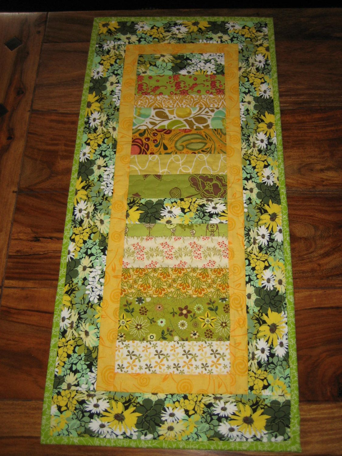 Christmas Quilt Wall Hanging