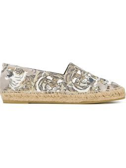 c3162eaf4 'Tiger' espadrilles $265 #farfetch #shopping #kenzoDesigner Designer  Clothing, Kenzo,