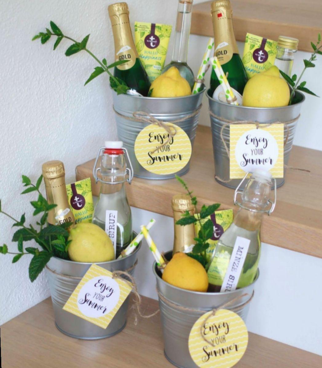 17 Diy Gifts Birthday Colleague #Gift Basket Ideas 17 Diy Gifts Birth   #B,#basket #birth #birthday #colleague,#basket #birth #birthday #colleague #gifts #ideas