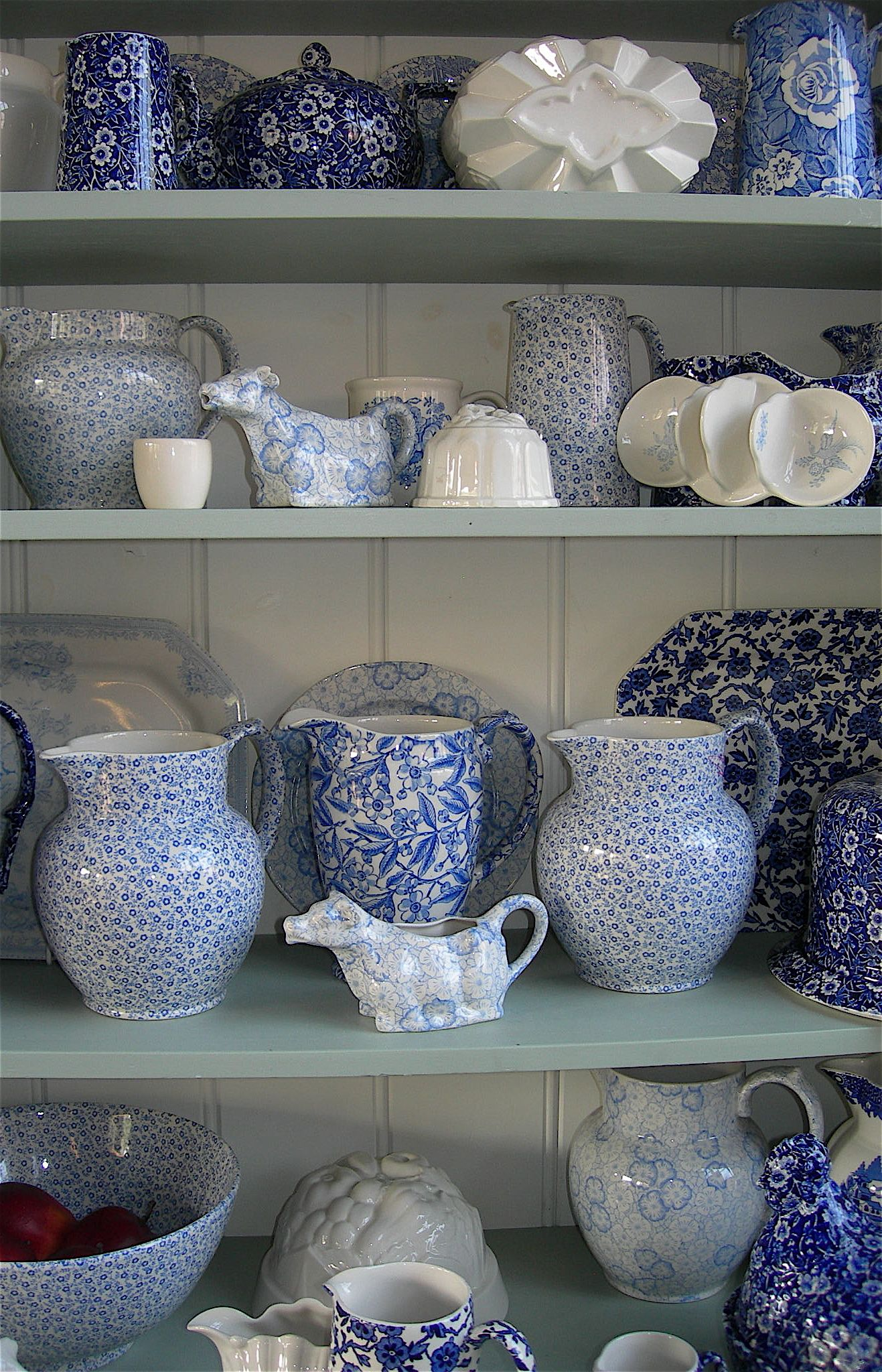 Burleigh Ware On Display At Their Factory Shop Blue And White Blue And White China Blue Pottery
