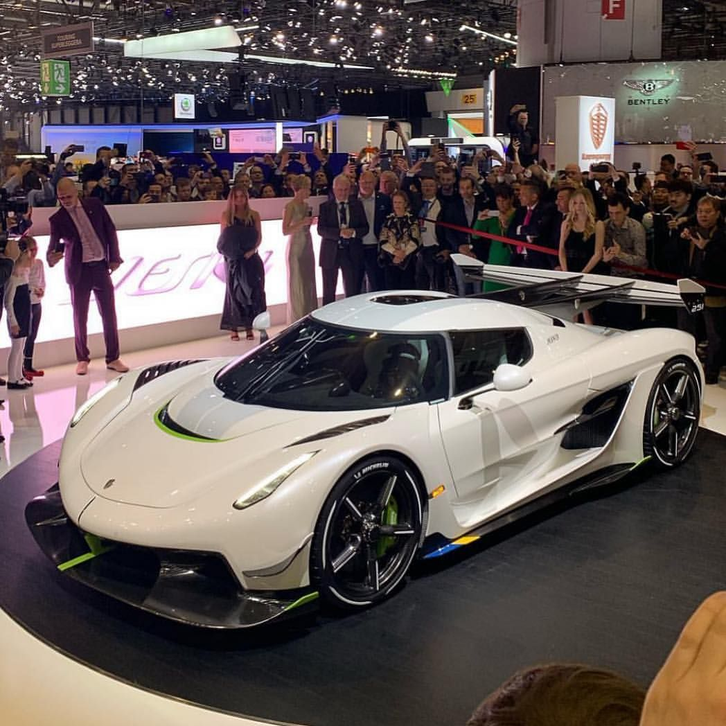 Arab Supercars Official For More Visit Jolygram Jolygram Com Jolygram Instagram Instaview Super Cars Koenigsegg Concept Cars