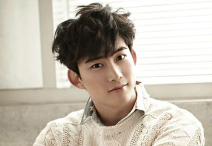 """2 PM's 'Taecyeon' To Release His Japanese Solo Album After """"Solo Concert"""""""