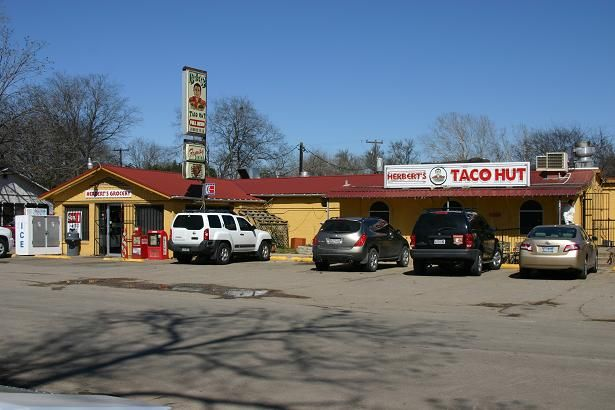 Hector S Grocery And Taco Hut San Marcos Tx Down By The River