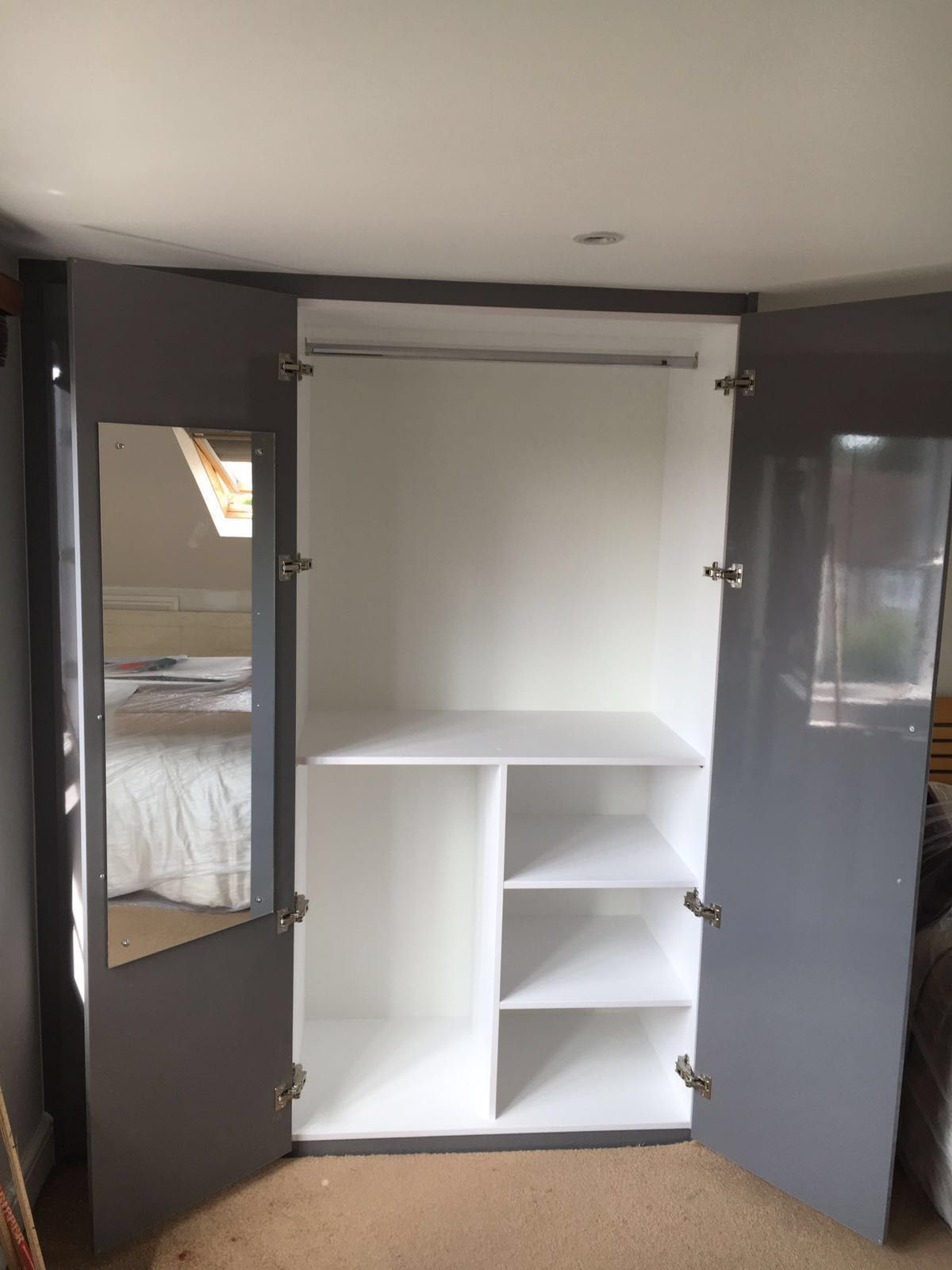 This wardrobe looks great & offers so much space! It's