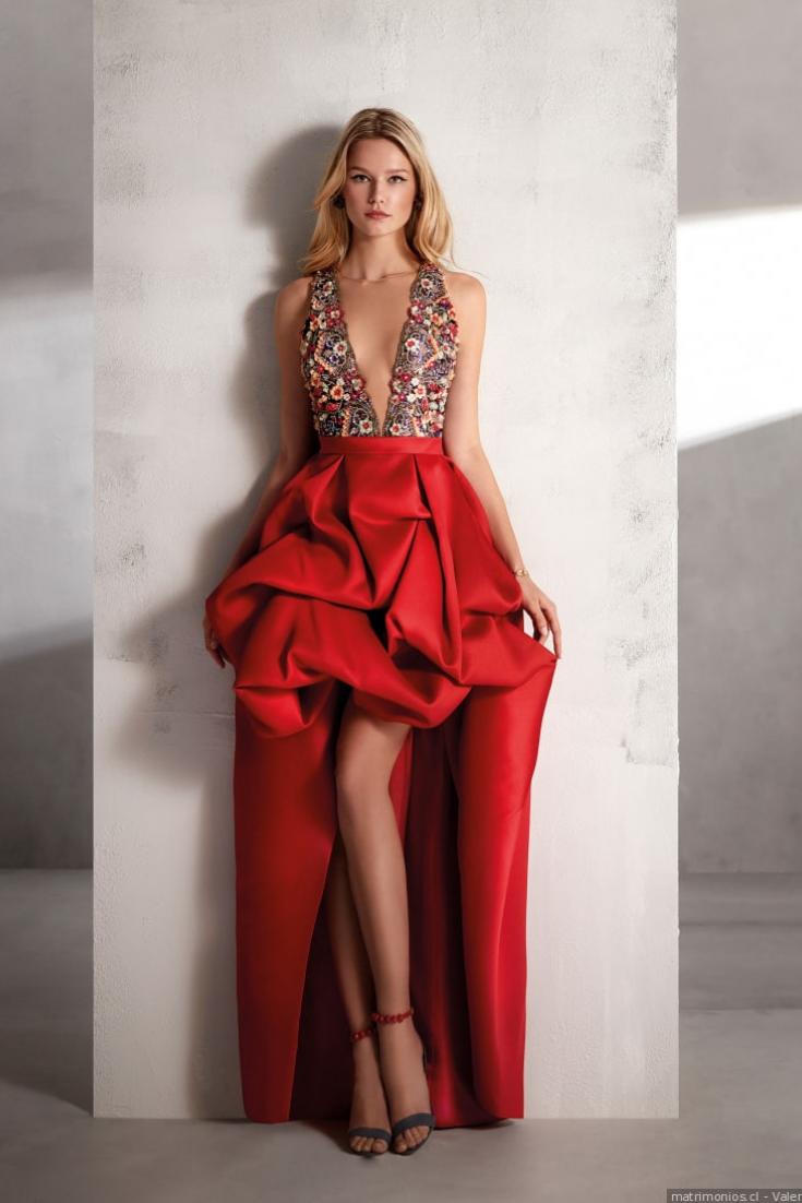 0838c1aed Descubre los elegantes vestidos de fiesta 2019 de Valerio Luna y sé una  invitada perfecta.  chile  boda  matrimonios  wedding  matrimonioscl   noscasamos ...
