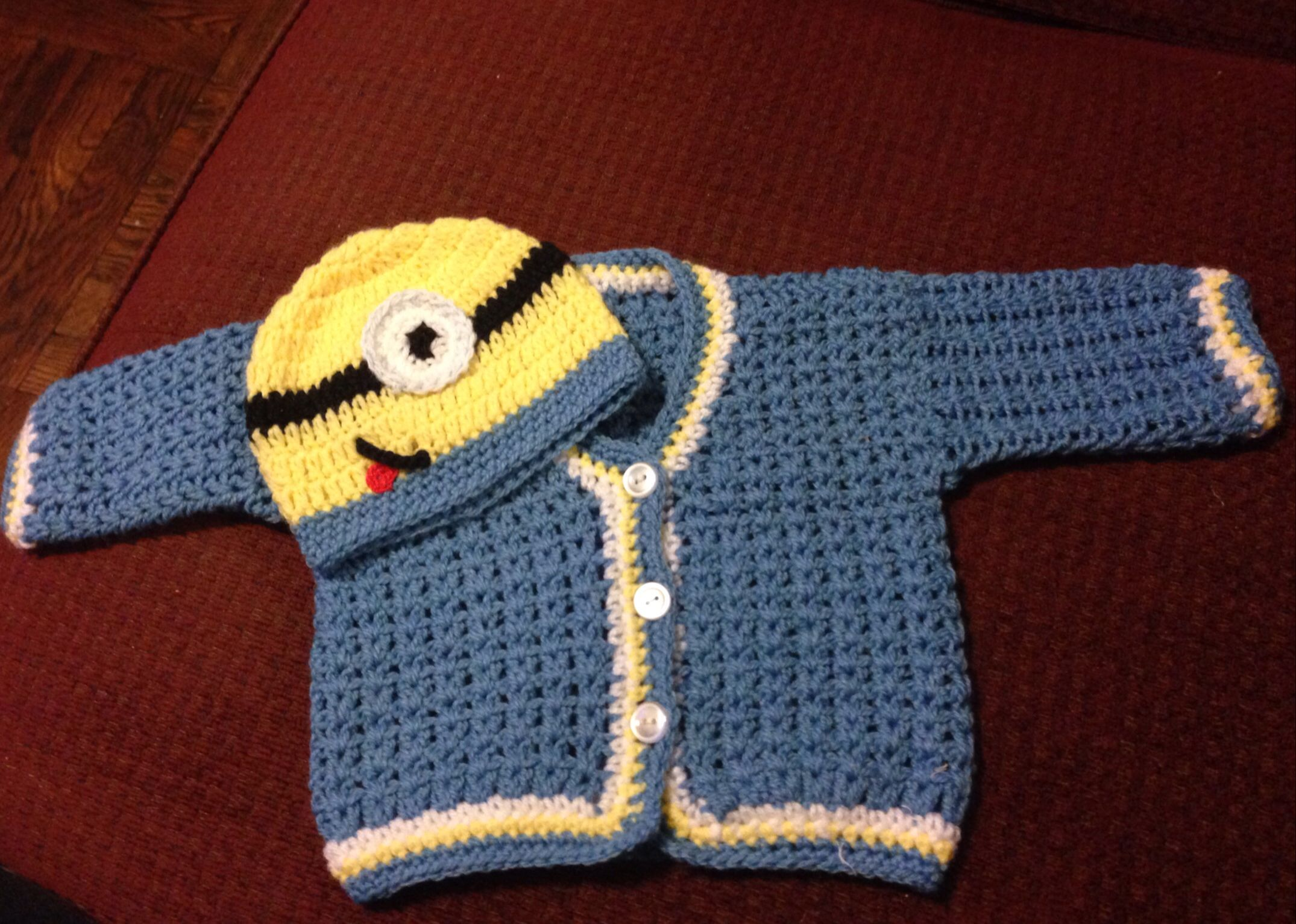 Minion baby sweater set my knit and crochet stuff i made minion baby sweater set bankloansurffo Images