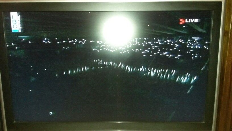 Lebanese Basketball game stopped for 2 minutes because of electricity cut..... Lights are coming from fans' smartphones.