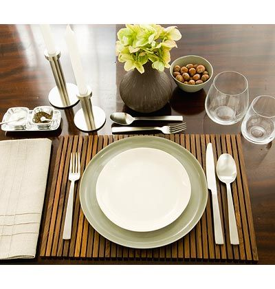 Setting Your Table For The Holidays Dinner Table Setting Casual Dinner Table Casual Table Settings