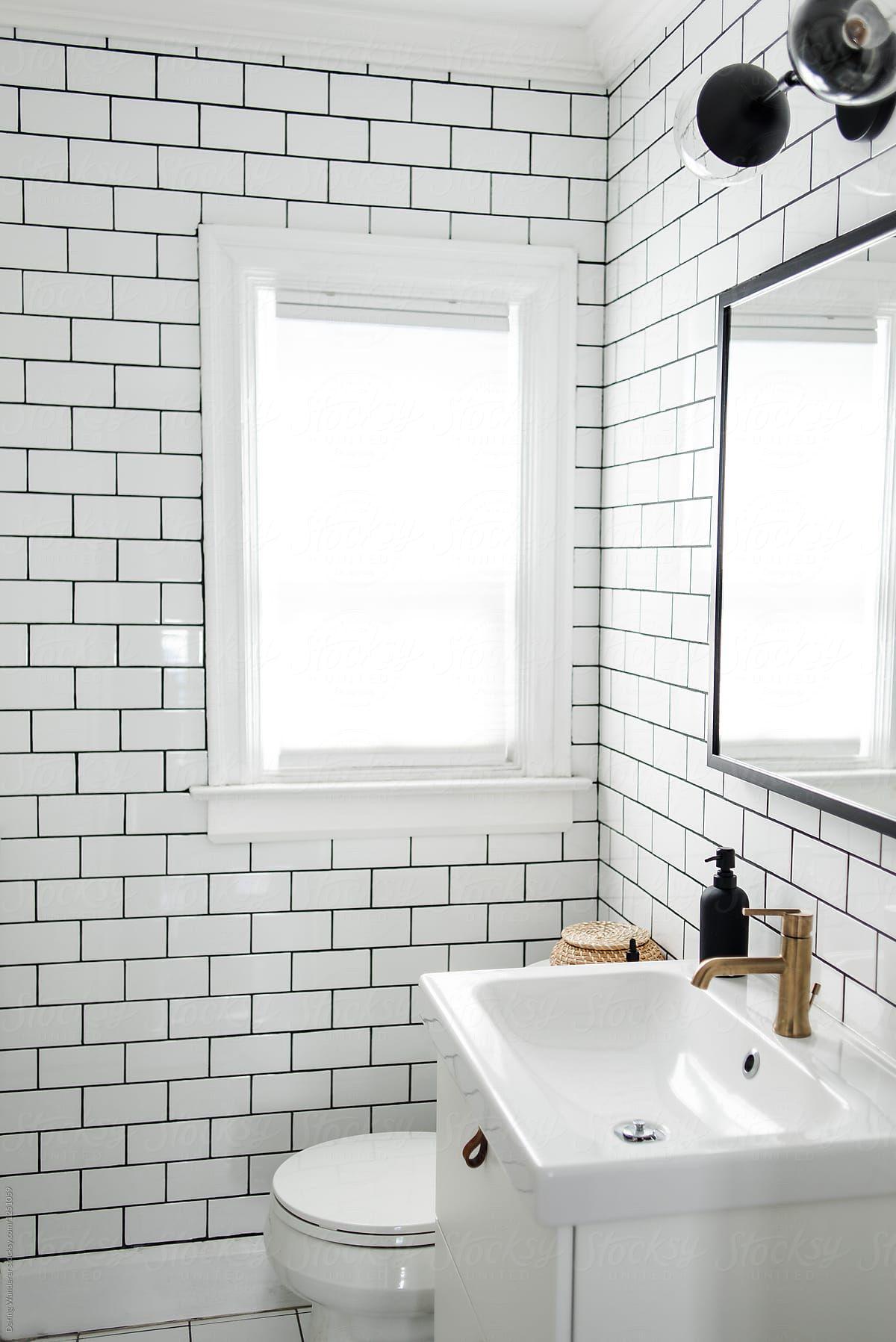 Minimalist Small Bathroom Renovation With White Subway Tile And Ikea Cabinet By Daring Wanderer For Badezimmer Klein Kleines Bad Renovierungen Schimmel Im Bad