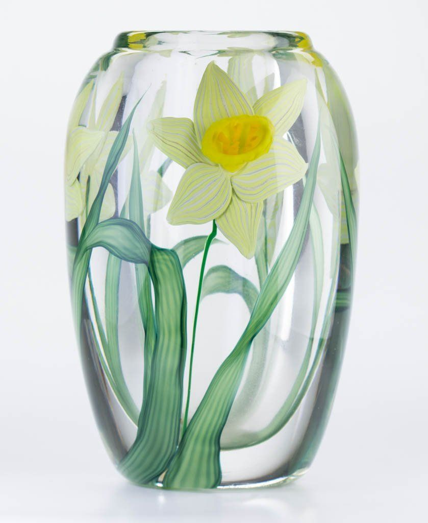 Lotsteven lundberg daffodil studio art glass paperweight lot lotsteven lundberg daffodil studio art glass paperweight lot number111 starting reviewsmspy