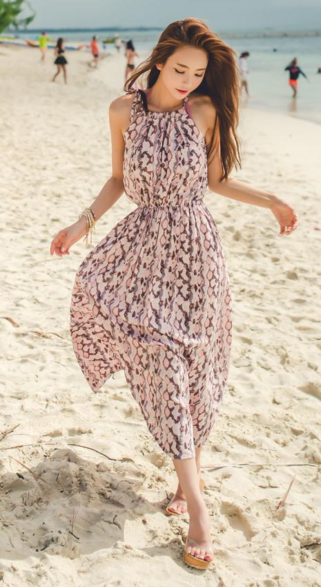 953cf1d5444 Sleeveless Maxi dress   Beach   Summer   Vacation look   Long dress ...