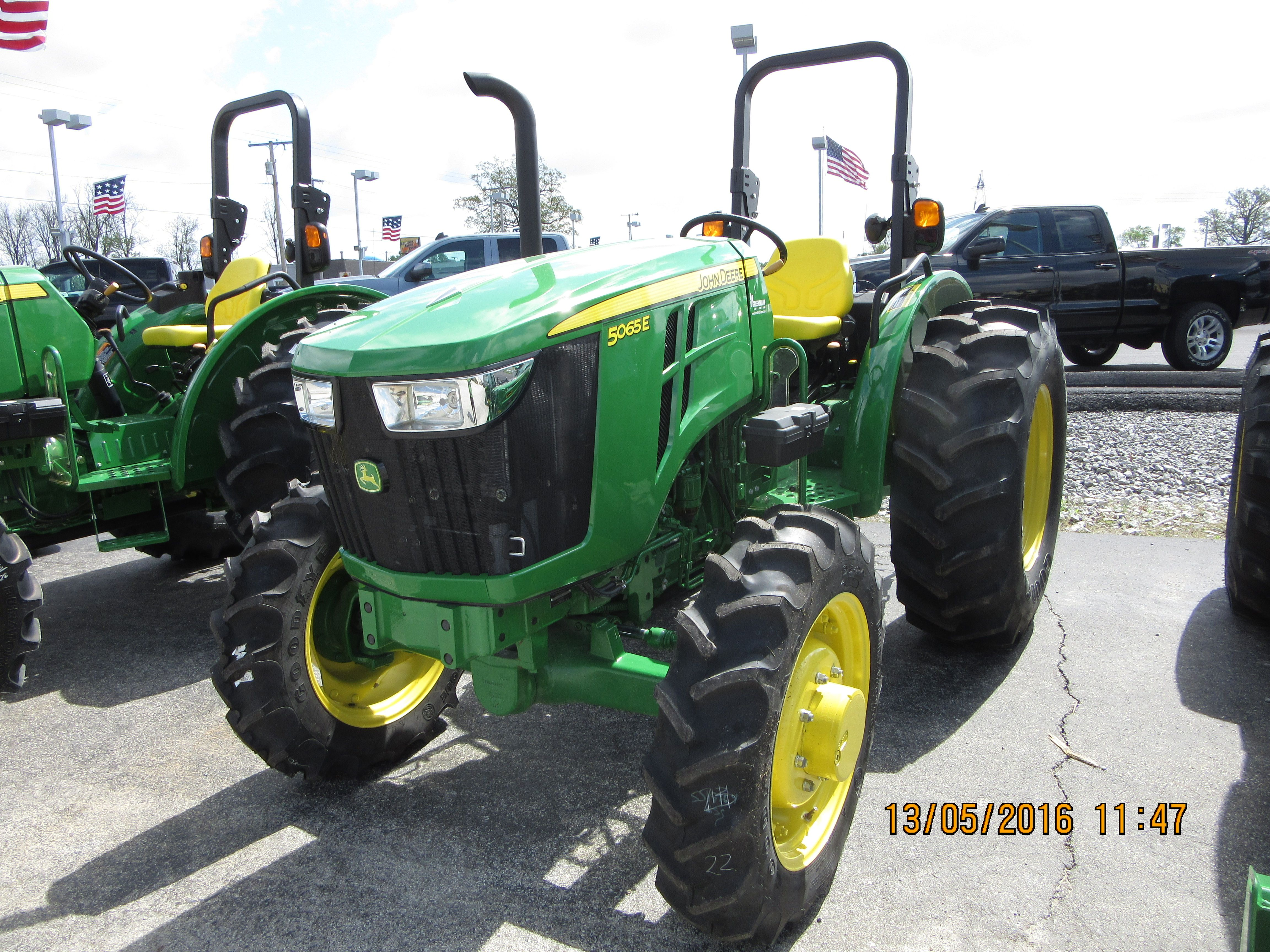 John Deere 5065E John Deere 5065e, John Deere Equipment, Tractors, Tractor  Pulling