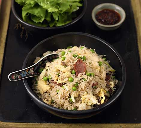 Goks perfect chinese fried rice youll never order from the make my perfect fried rice gok cooks chinese recipes forumfinder Images