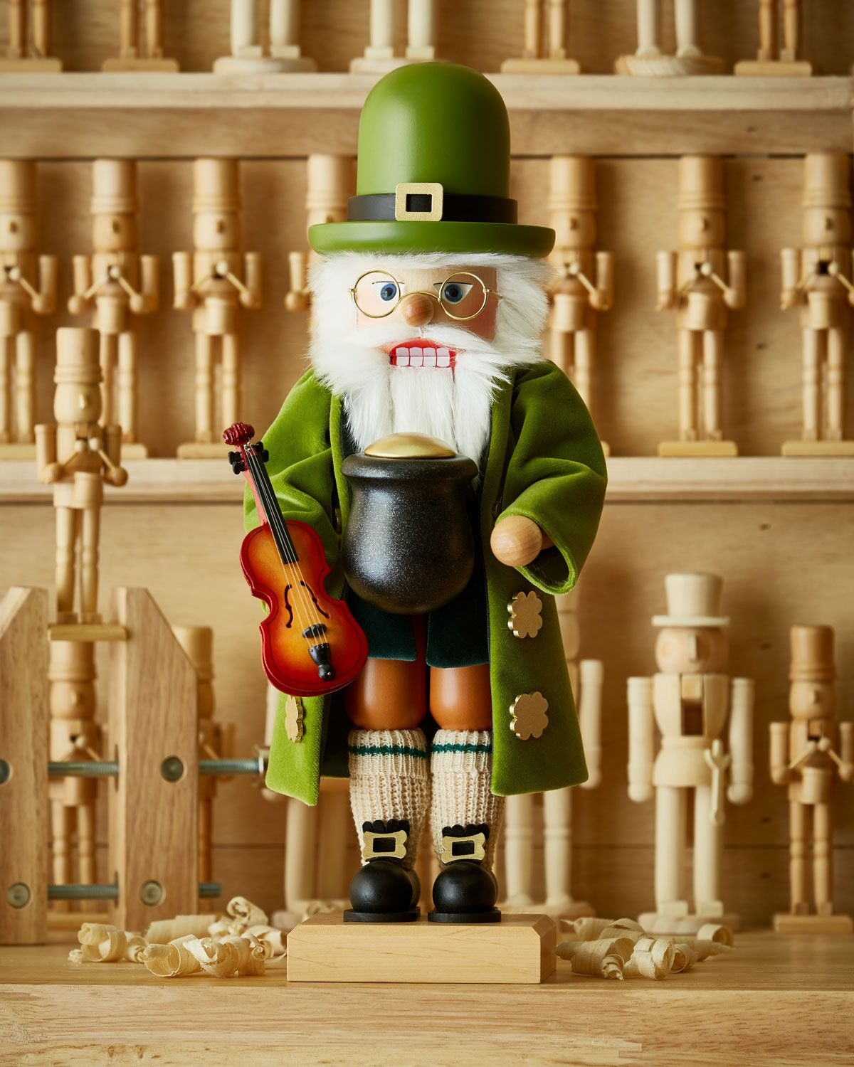 Ulbricht Irish Santa Nutcracker Irish, Dear santa