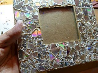 Make it easy crafts: Recycled CD Mosaic Photo Frame #recycledcd Make it easy crafts: Recycled CD Mosaic Photo Frame #recycledcd Make it easy crafts: Recycled CD Mosaic Photo Frame #recycledcd Make it easy crafts: Recycled CD Mosaic Photo Frame #recycledcd Make it easy crafts: Recycled CD Mosaic Photo Frame #recycledcd Make it easy crafts: Recycled CD Mosaic Photo Frame #recycledcd Make it easy crafts: Recycled CD Mosaic Photo Frame #recycledcd Make it easy crafts: Recycled CD Mosaic Photo Frame #recycledcd