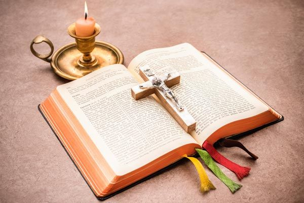 Church Confirmation Tips, Etiquette and Gift Ideas (With