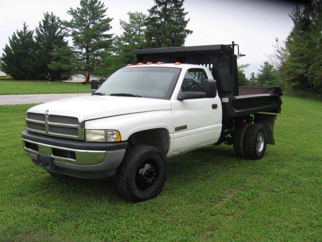 2001 dodge 3500 cummins diesel dump truck 9 trucks for sale pinterest dodge 3500. Black Bedroom Furniture Sets. Home Design Ideas