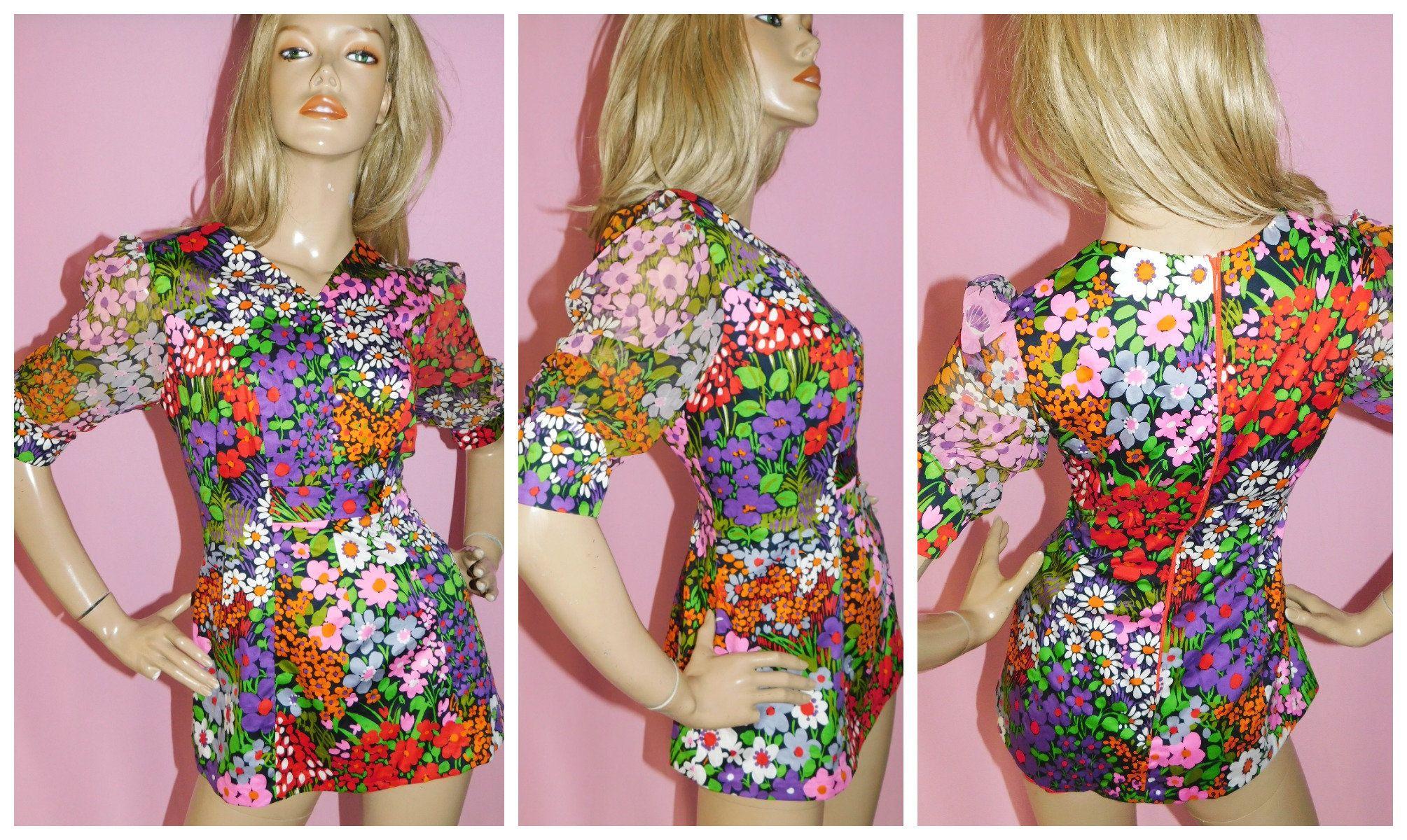 Vintage 60s70s Flower Power Psychedelic Blouse Size L