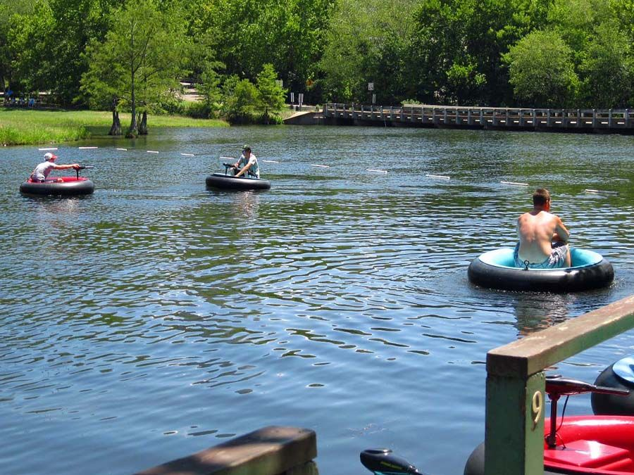 Beavers bend state park pedal boat and canoe rentals